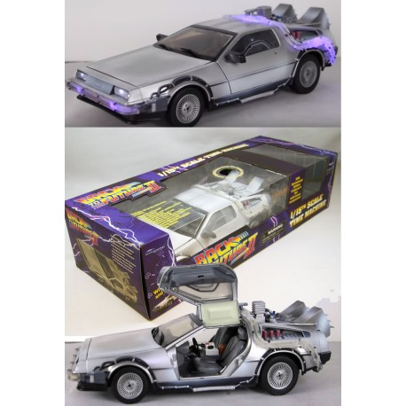 Delorean Coche Regreso al Futuro II FRozen 30th anniversary 1/15 33cm luz y sonido Réplica Back to the future